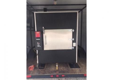 FAST EDDY COMMERCIAL BARBECUE PELLET COOKER - COMPLETELY MOBILE!