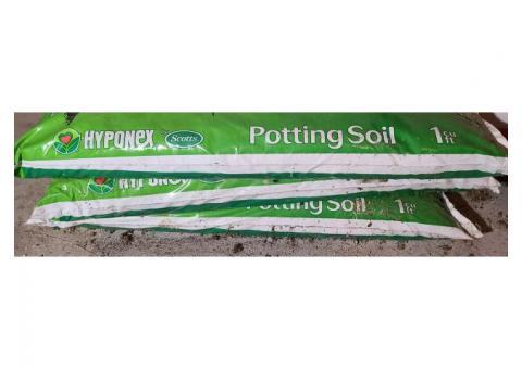 3 bags Scotts Hyponex Potting soil 1cu ft